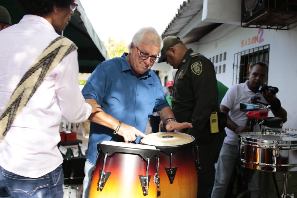 Alcaldía de Soledad entregó dotación de instrumentos musicales a la Banda Municipal