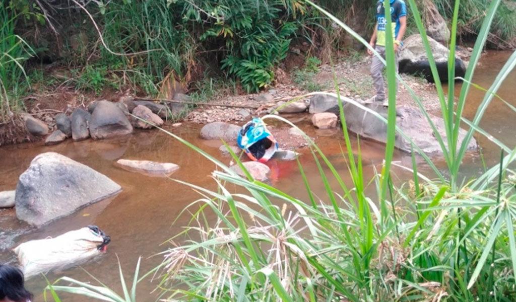 Hallan dos cuerpos desmembrados en río de Cali