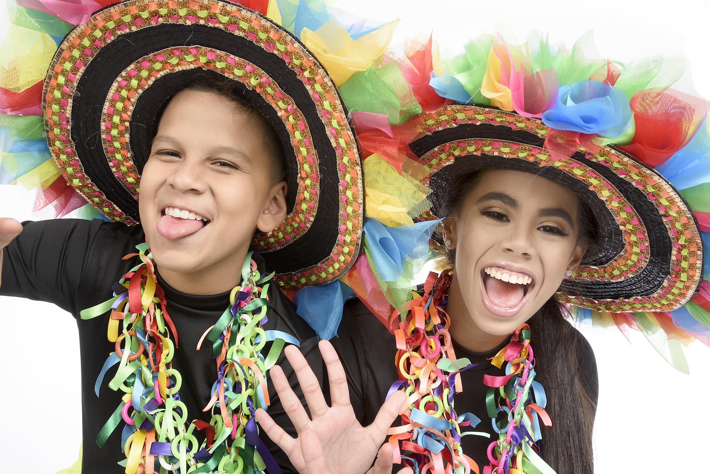 Isabella Chacón y Cesar De la Hoz se despiden del Carnaval 2019, en fiesta del Colegio San José