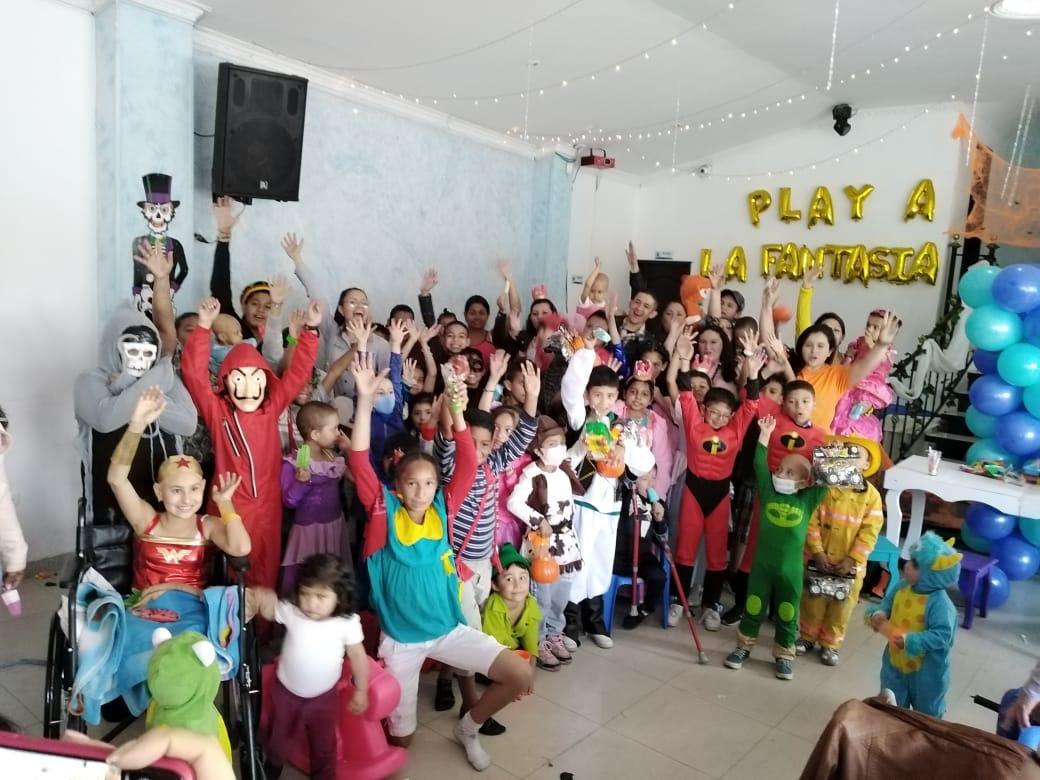 """Barnes de Colombia hizo """"Play a la Fantasía"""" con la Fundación Sanar"""
