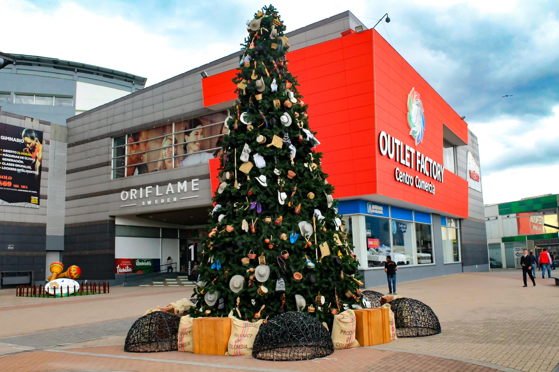 Viva una navidad a la colombiana en Outlet Factory