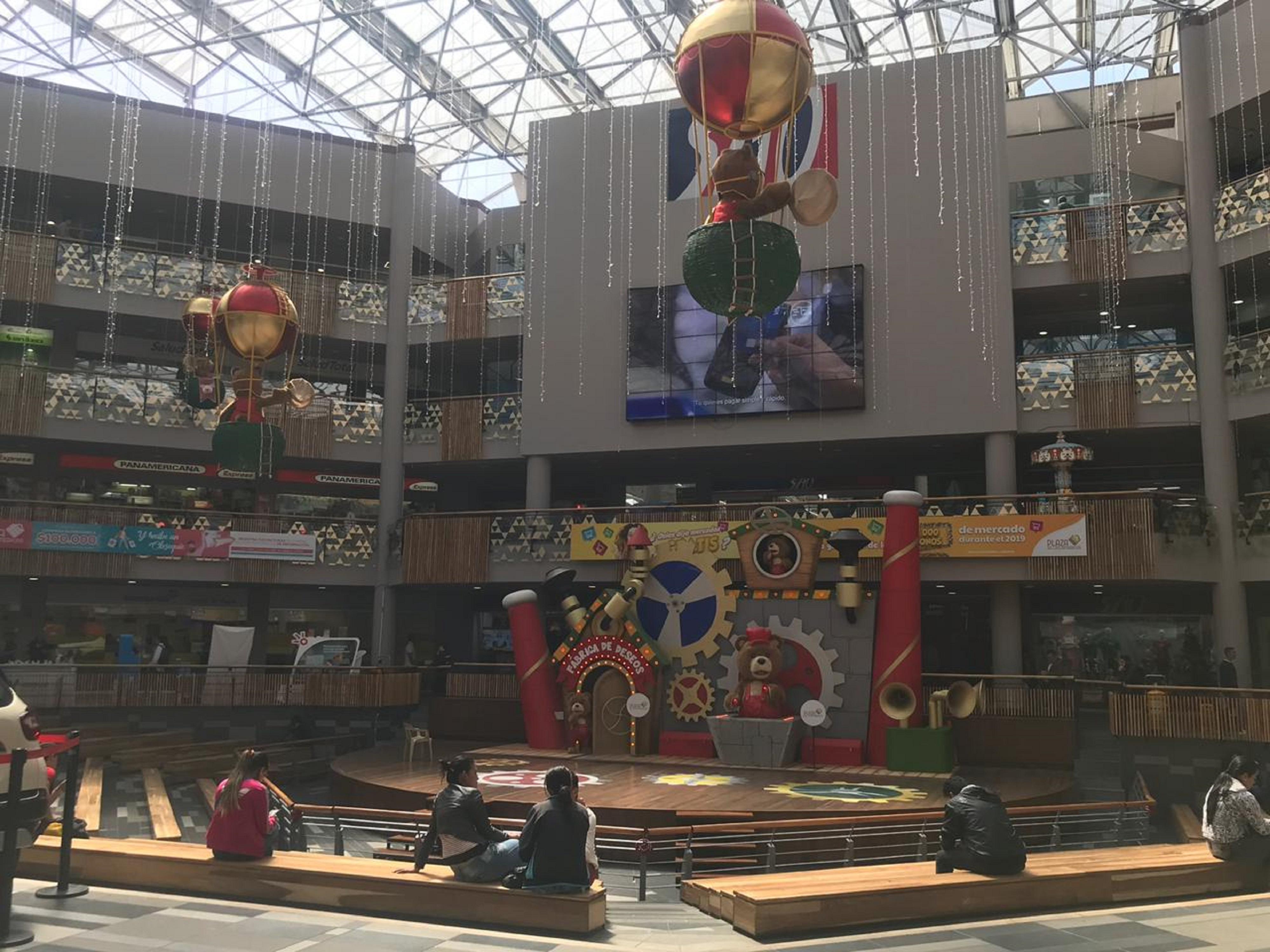 Viva la época más bonita del año en Plaza de las Américas
