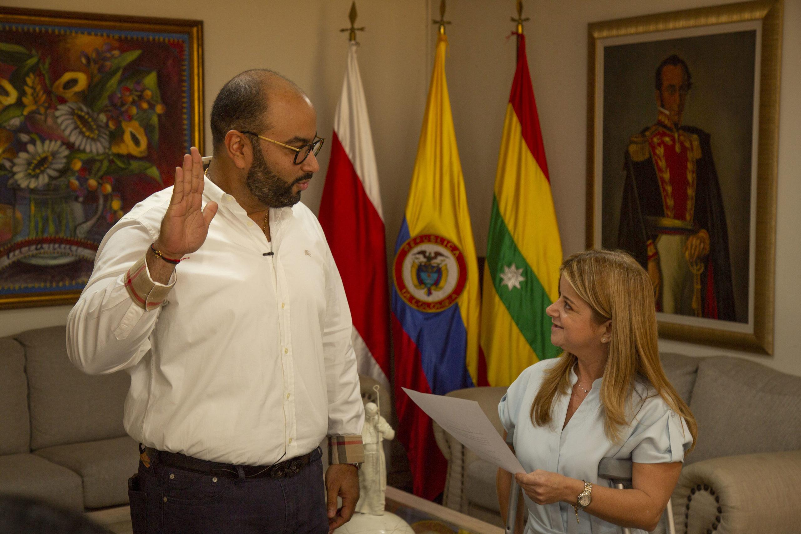 Jesús León Insignares, se posesionó como director de la C.R.A período 2020-2023