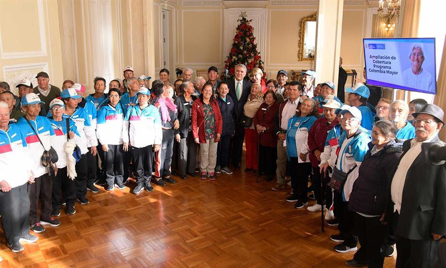 Incremento de 45 mil a 80 mil pesos mensuales del subsidio 'nos dignifica a todos los abuelos del país'
