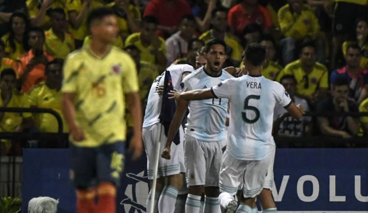 Argentina campeón anticipado del Preolímpico tras vencer a Colombia