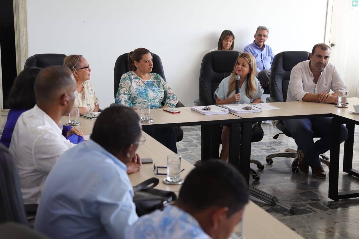 Gobernadora Elsa Noguera hace entrega del Plan de Desarrollo 2020-2023