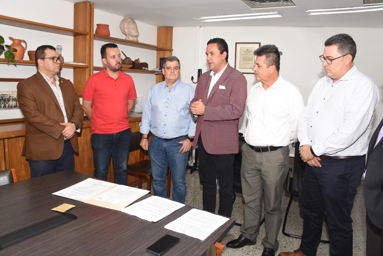 Gobernador Aníbal Gaviria Correa radicó proyecto de Ordenanza para la modernización de la estructura departamental