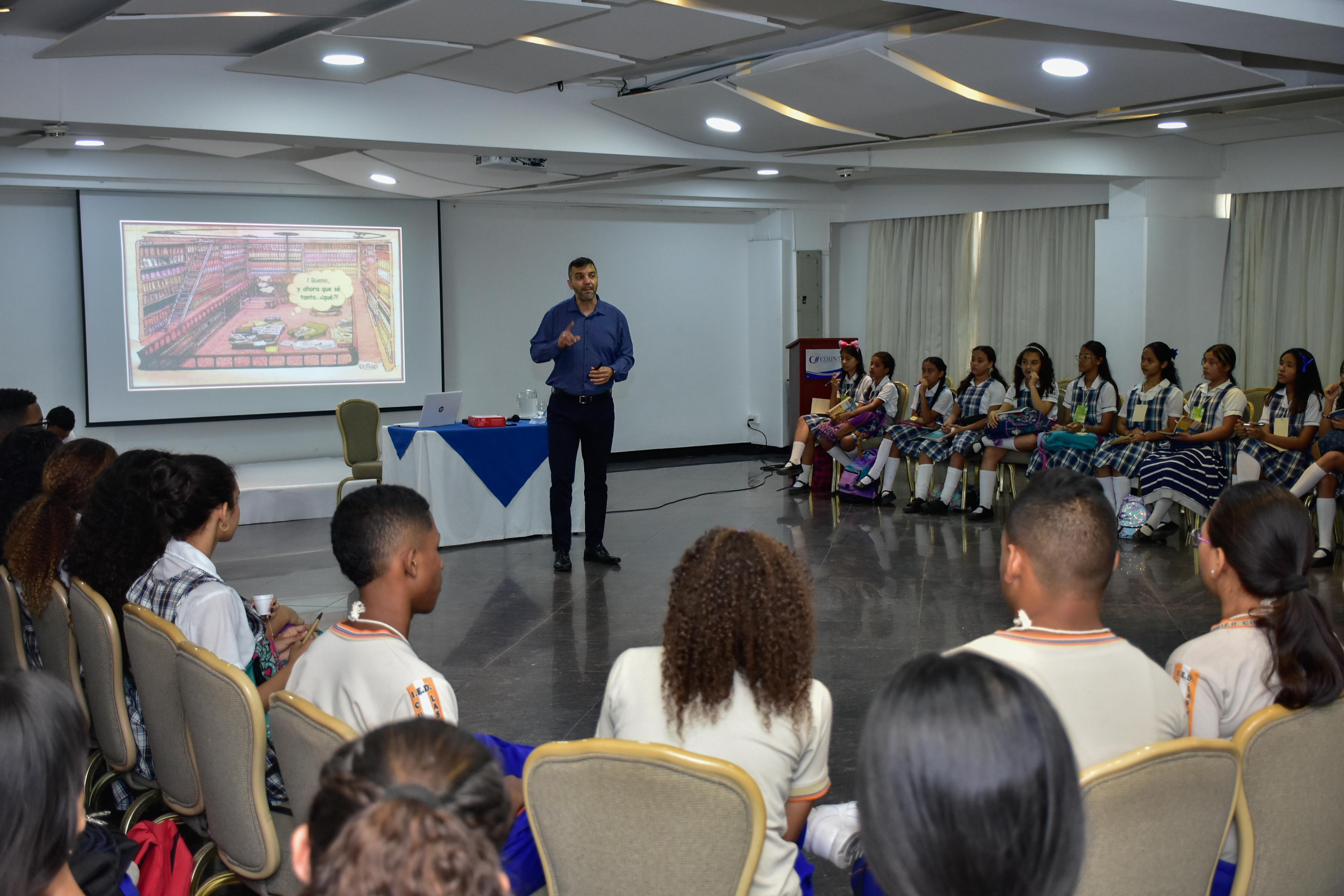 400 estudiantes de escuelas públicas de Barranquilla compartirán experiencias con expertos del BID