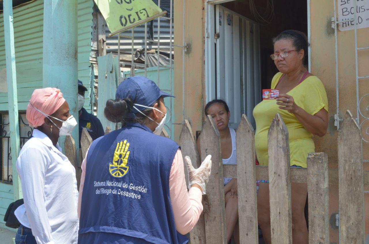 Alcaldía de #Cartagena entrega 500 bonos en Isla de León e Isla de Belén