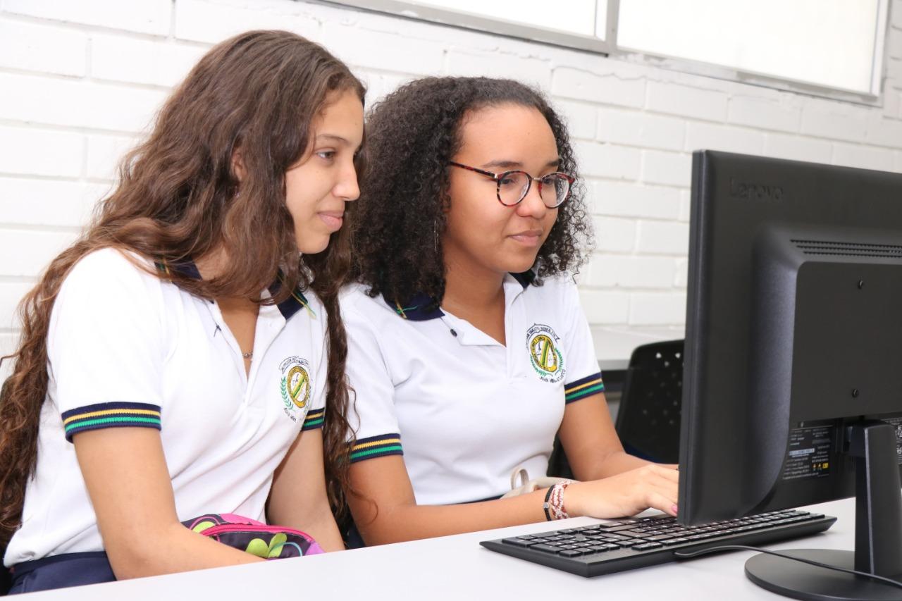 1.095.979 estudiantes han regresado a los colegios en modalidad de alternancia
