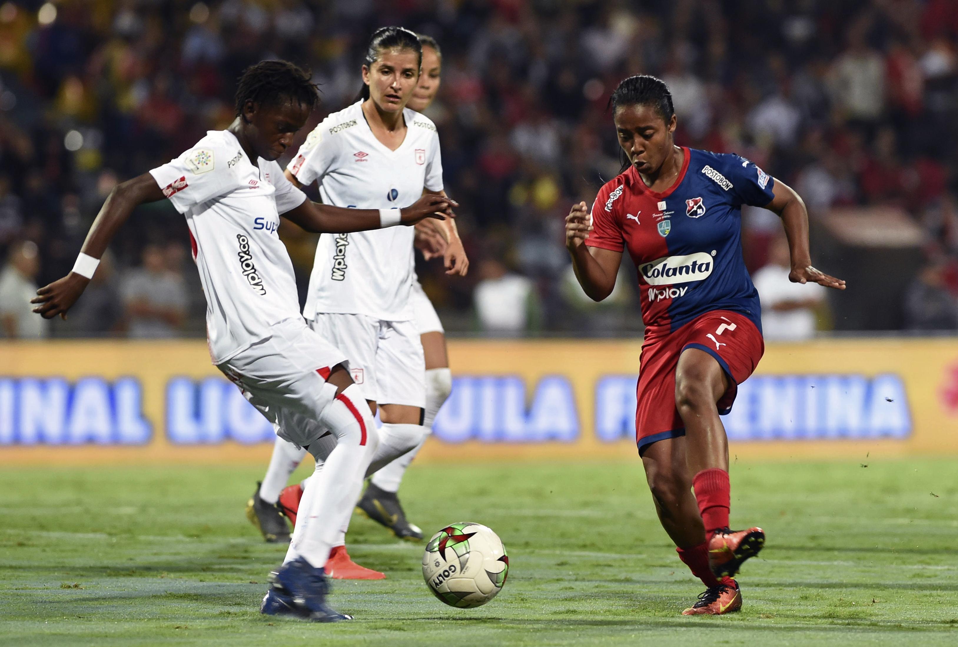 Dimayor ratificó su intensión de hacer la liga femenina y se reunió con algunas jugadorass