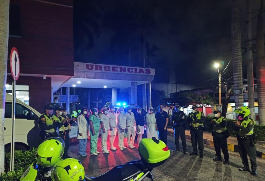 Rinden homenaje al personal médico en Barranquilla