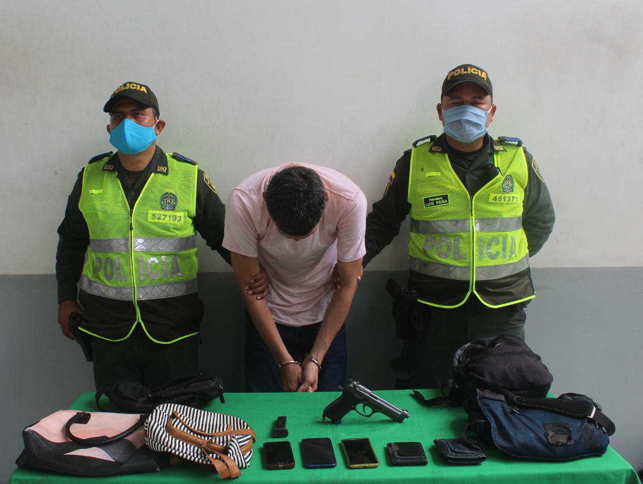 Policía de Barranquilla logro nuevamente la captura de alias 'Mono Perra' por hurto a buses