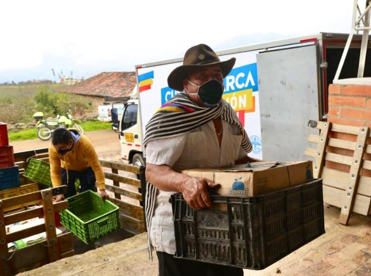 Cundinamarca y Boyacá se dan la mano, hacen trueque de productos agrícolas y abono