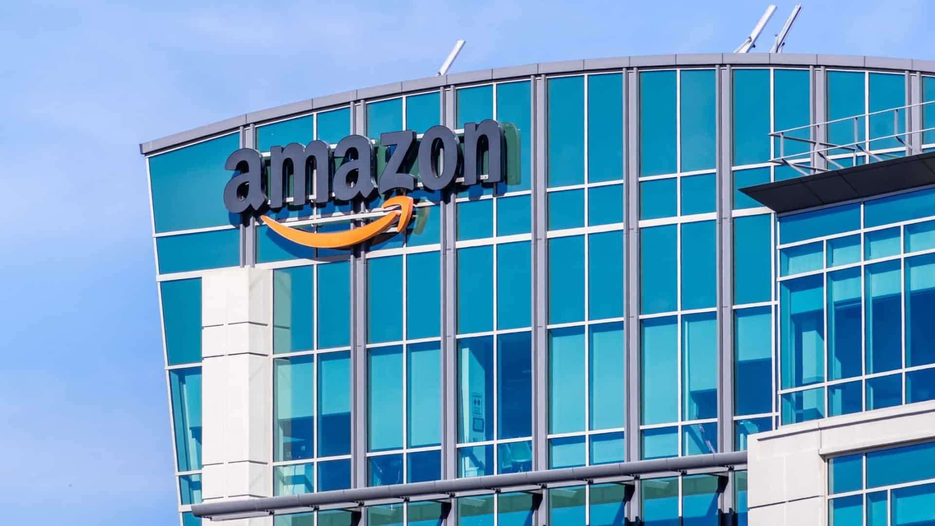 Amazon ofrece 125 mil empleos full time a trabajadores que estaban temporalmente en la empresa