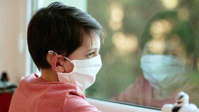 Por extraño síndrome relacionado con el COVID-19 hospitalizan a más de 10 niños