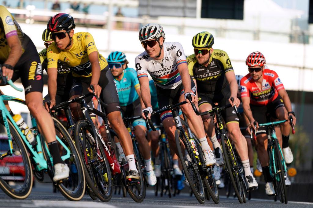 Egan Bernal y Nairo Quintana correrán el Tour de Francia virtual