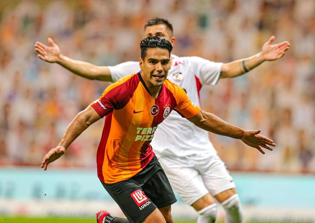 Galatasaray confirmó la lesión de Falcao García