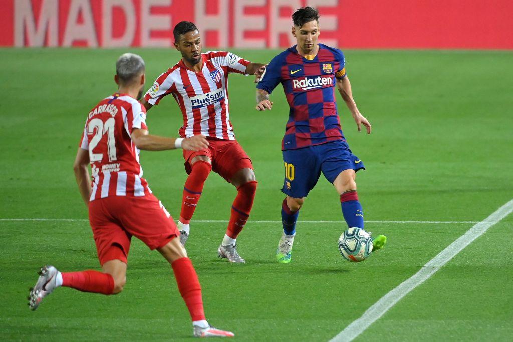 Barcelona empató ante Atlético de Madrid y se aleja de la punta