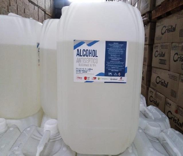 La  @LicoreraCaldas firma un acuerdo con @EsenttiaSA para la producción del alcohol  glicerinado