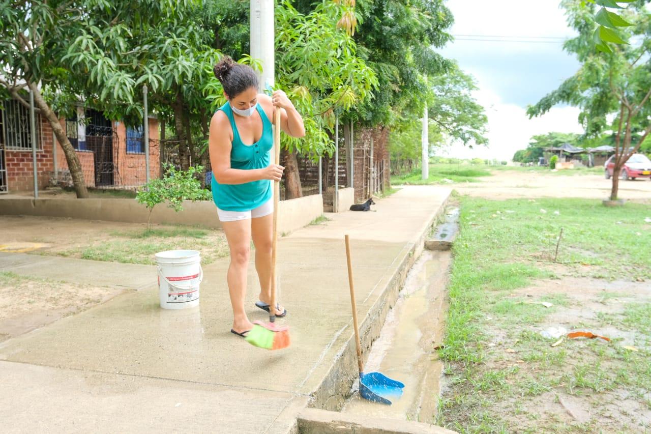 En #Cartagena la comunidad le apuesta a las jornadas de Lavatón por la vida para mitigar contagios de la COVID -19 en sus barrios