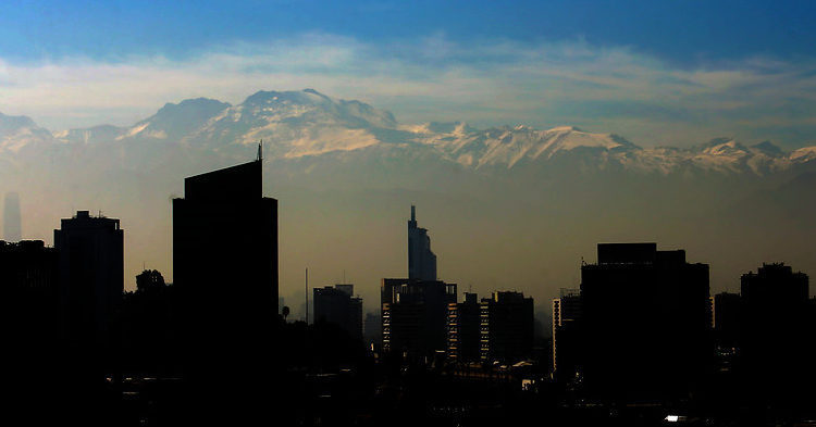 En Chile decretan alerta ambiental para la Región Metropolitana