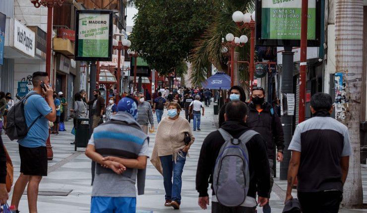 Más de un millón de personas saldrán de confinamiento en Chile