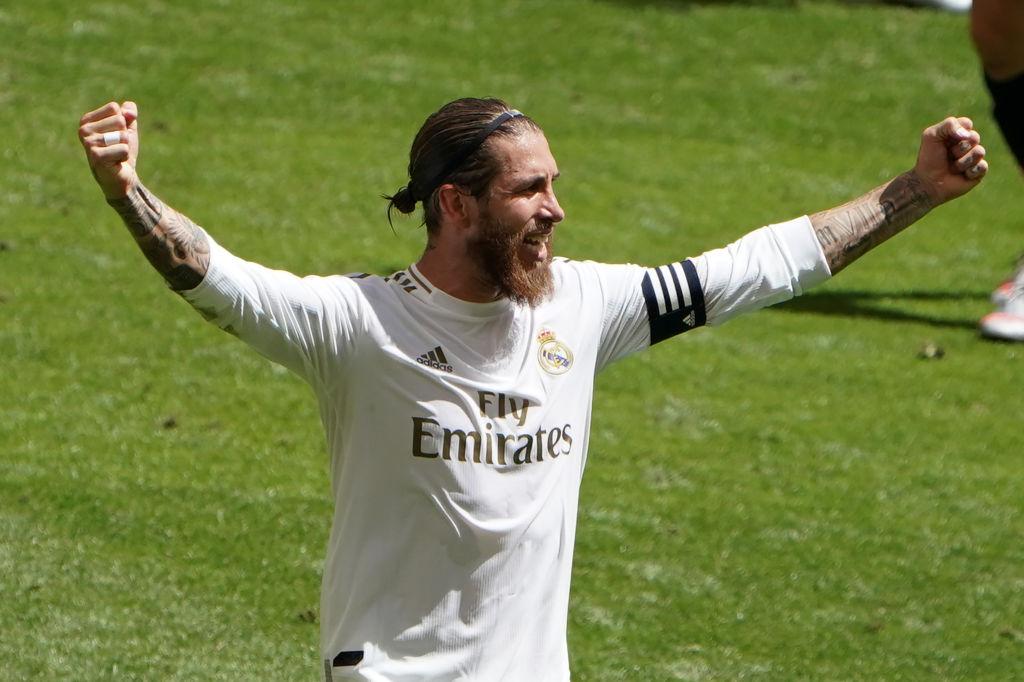 Polémica victoria del Real Madrid que sigue puntero en España