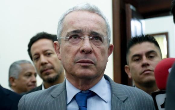 Álvaro Uribe tuteló al juez que lo dejó en libertad en noviembre