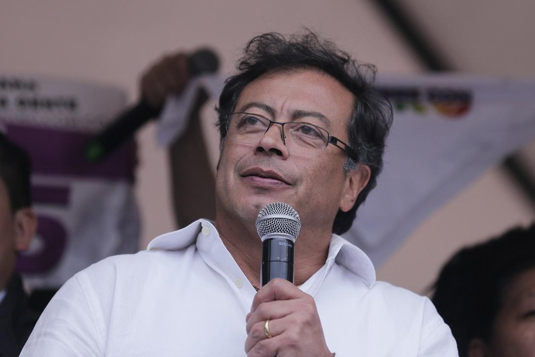 @petrogustavo convoca a nuevas marchas tras violenta jornada en Bogotá