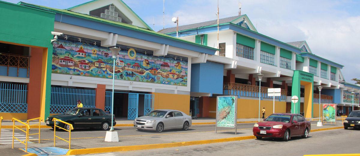 Aeropuerto de San Andrés cierra su puertas para vuelos comerciales