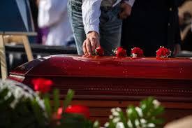 16 miembros de una familia murieron por COVID-19