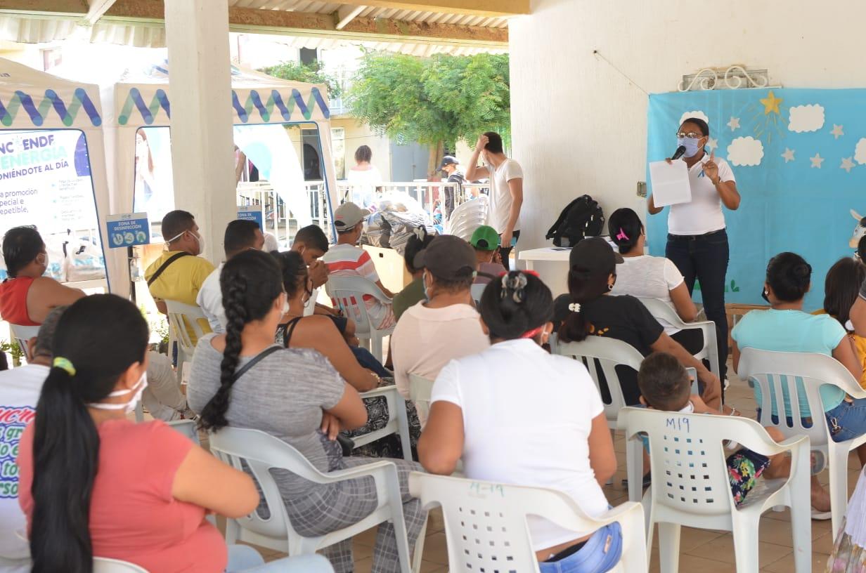Comunidad de Villas de San Pablo participó  en jornada de atención integral de Air-e – @Aire_Energia