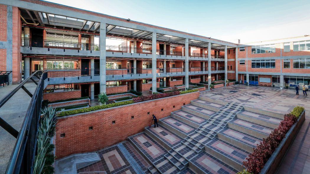 Colegios públicos inician regreso progresivo y seguro a clases