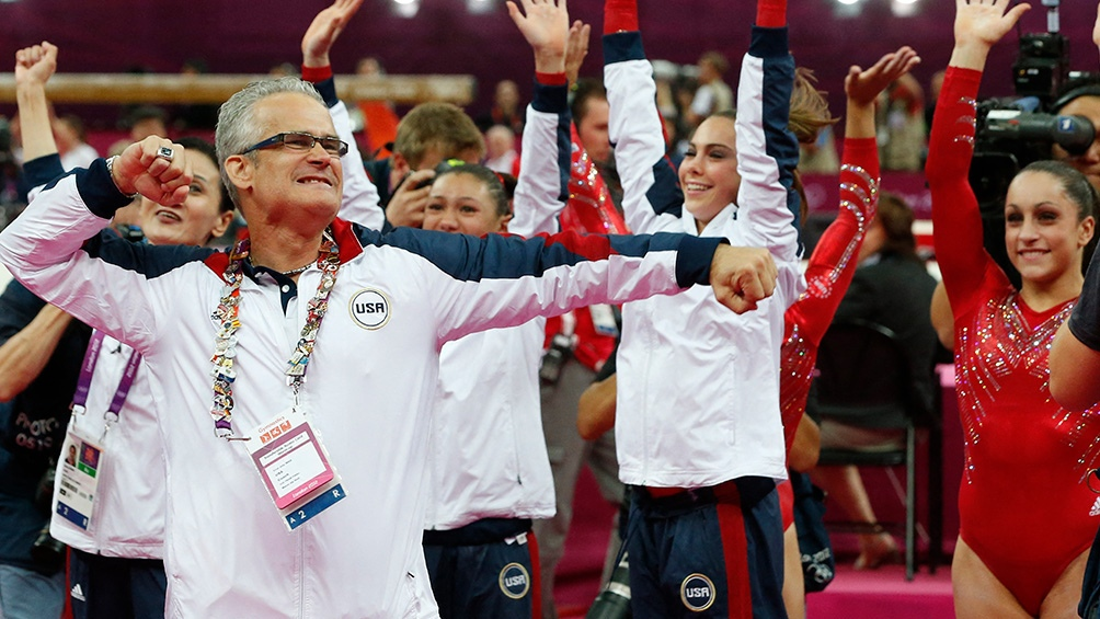 John Geddert ex entrenador olímpico de E.E.U.U se suicidó, tras ser acusado de agresión sexual