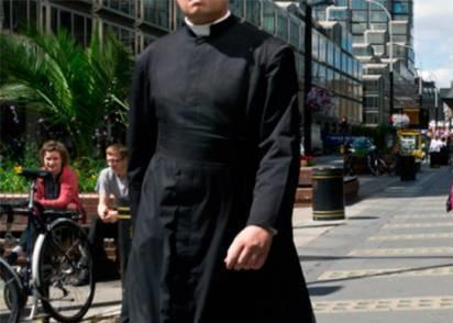 Un grupo de sacerdotes se rebela contra El Vaticano y anuncia que bendecirá las uniones homosexuales