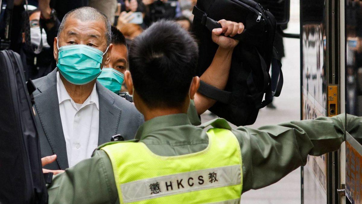 El magnate de la prensa en Hong Kong fue condenado a catorce meses de cárcel por participar en protestas