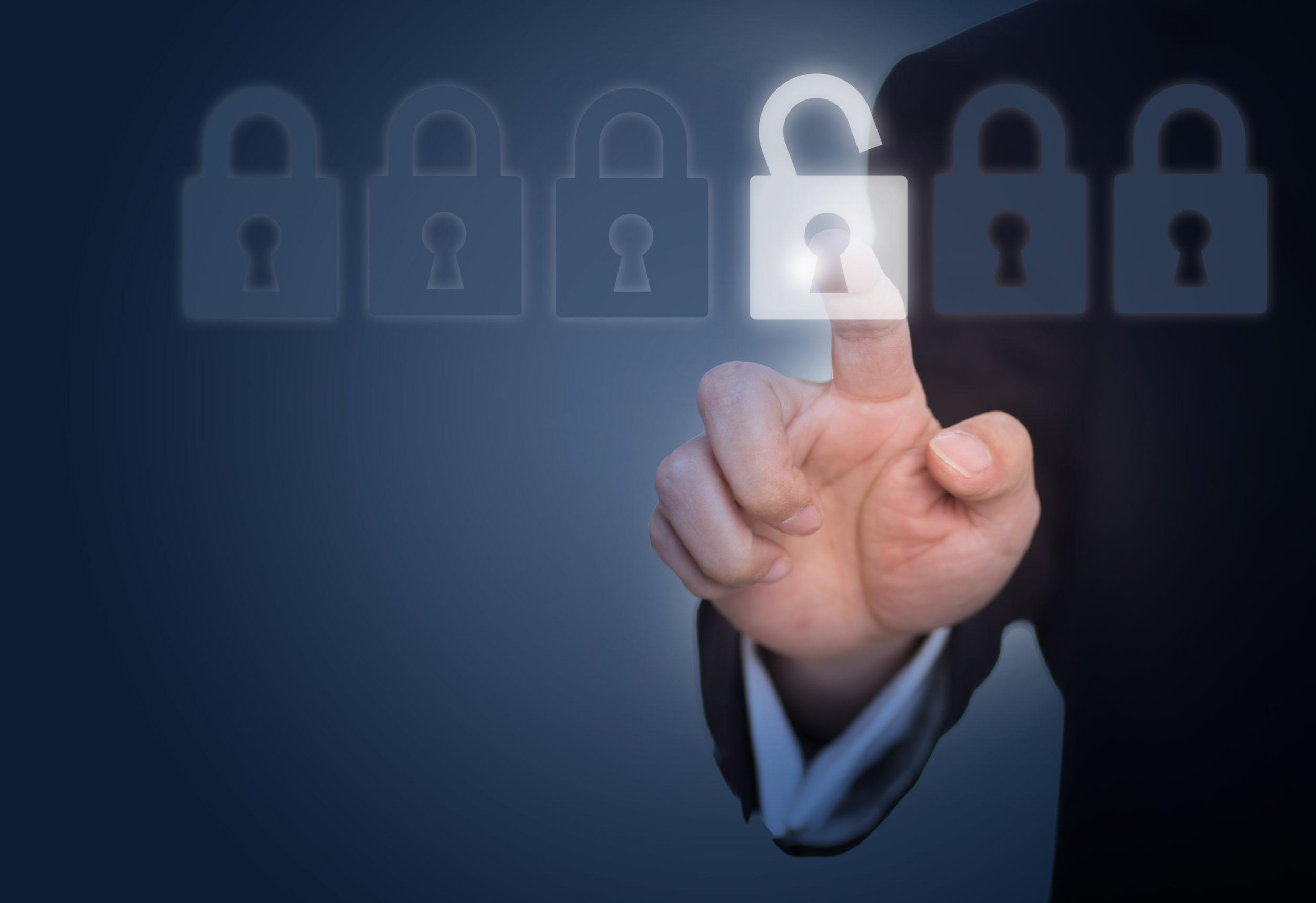 Recomendaciones para evitar el robo de identidad en sector empresarial de América Latina