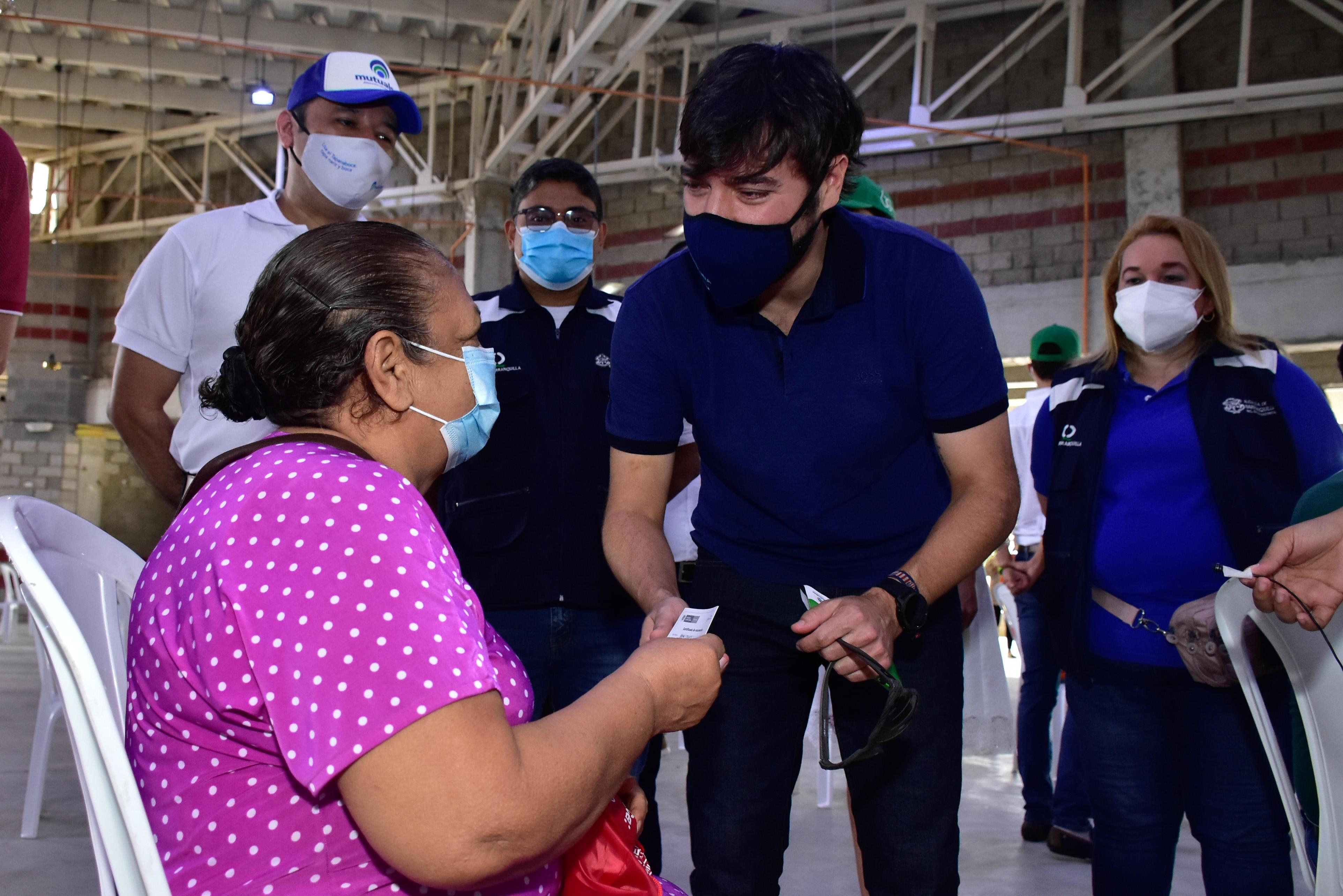 @alcaldiabquilla inicia vacunación contra el COVID-19 a través puntos móviles