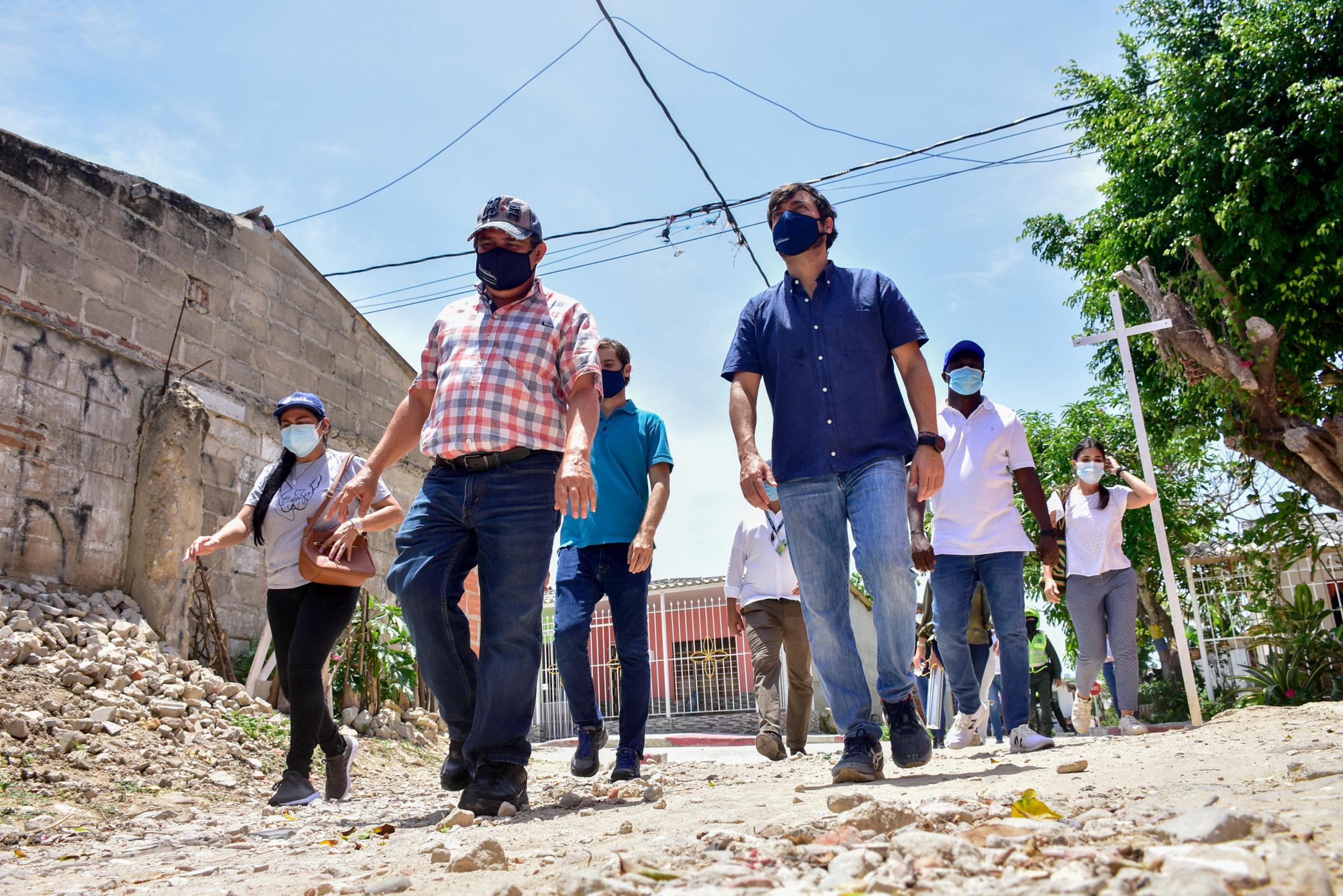 """@JaimePumarejo: """"Con Barrios a la Obra y mejoramiento de vivienda llevamos empleo y dignidad"""""""
