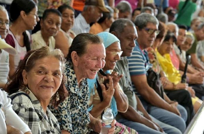 @alcaldiabquilla invita a los adultos mayores a que se inscriban al programa Colombia Mayor