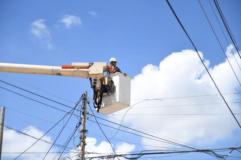 Labores de mantenimiento de redes en seis barrios de Soledad este viernes 14 de mayo – @aire_energia