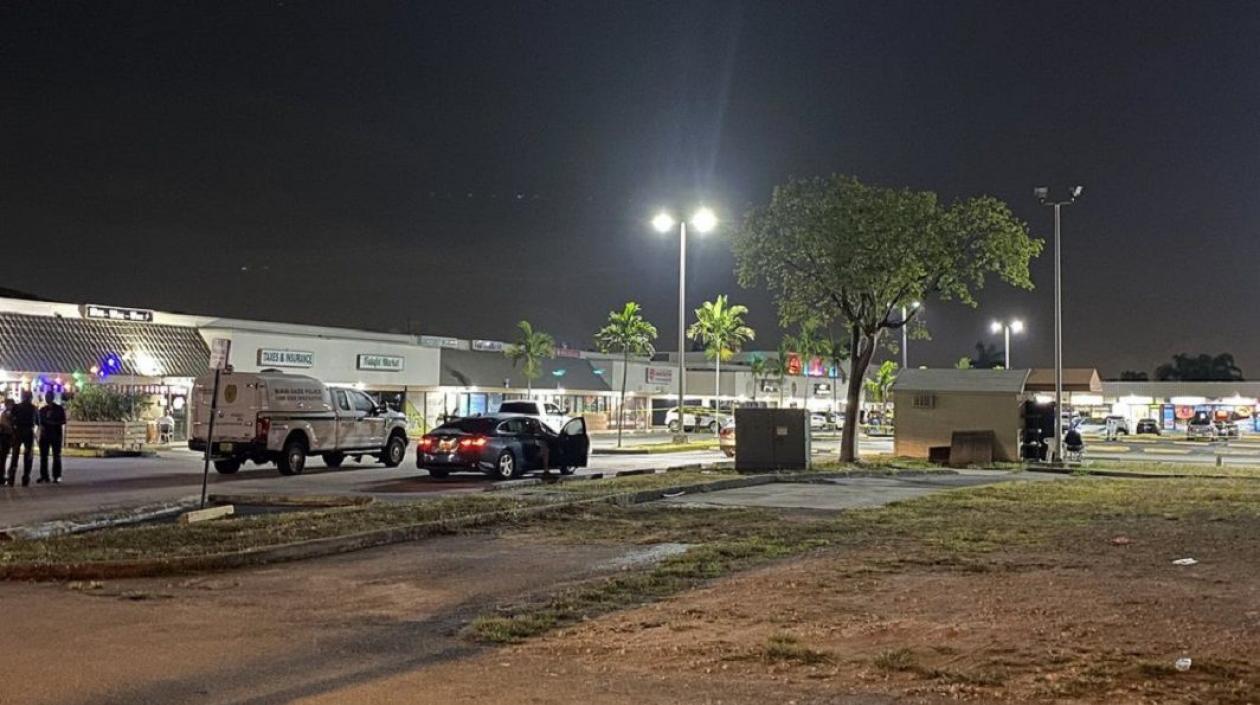 Dos muertos y veinte heridos dejó balacera en Miami durante concierto en local nocturno