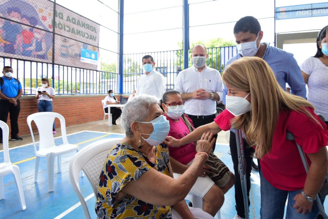 @gobatlantico habilitó su primer punto masivo de vacunación Covid en Malambo