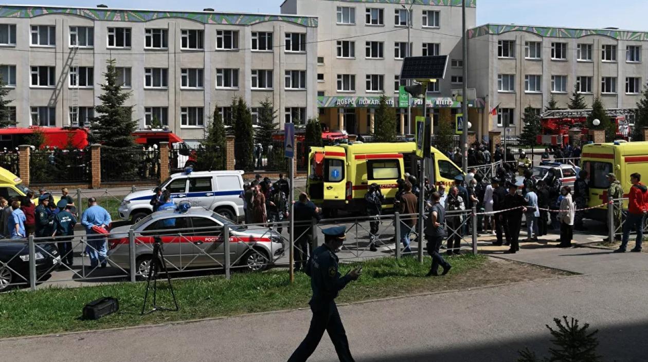 Balacera en una escuela rusa dejó 11 muertos, entre ellos 9 niños