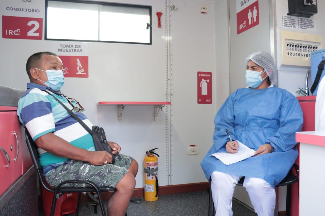 Puerto Colombia, primer municipio del Atlántico en contar con punto de vacunación vehicular contra el Covid-19
