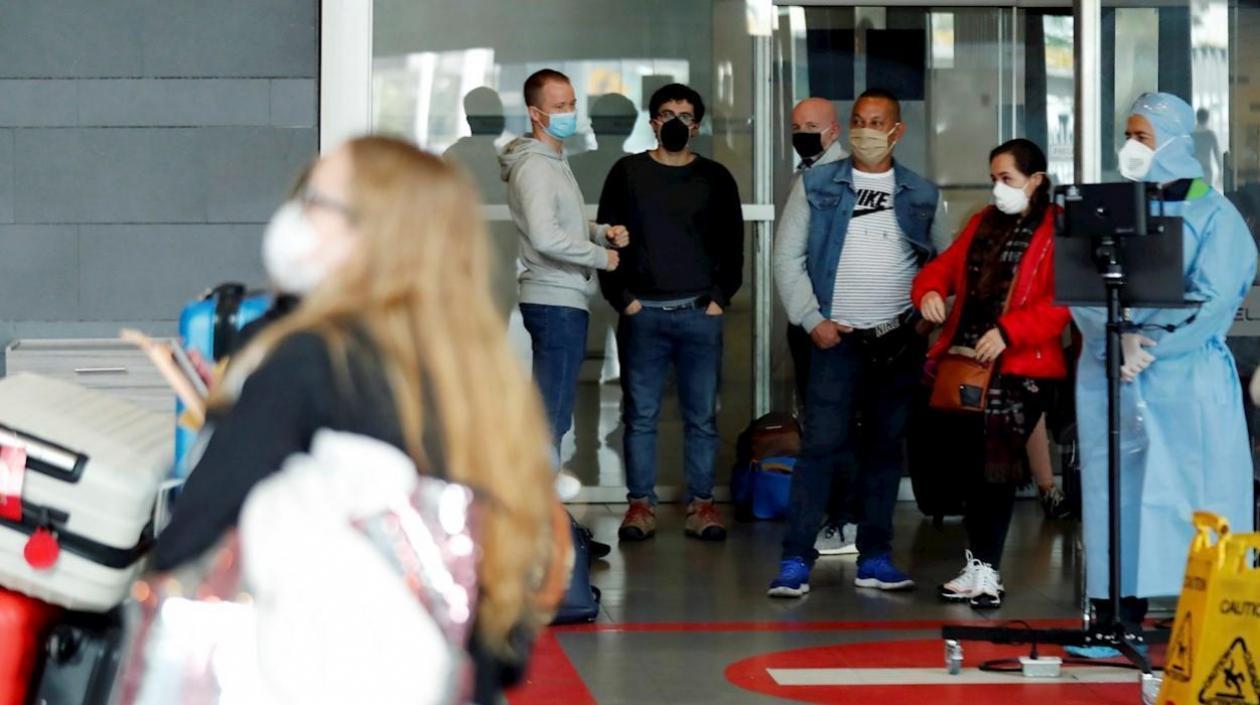 Colombia restringió ingreso de viajeros procedentes de la India, por la peligrosa variante del Coronavirus