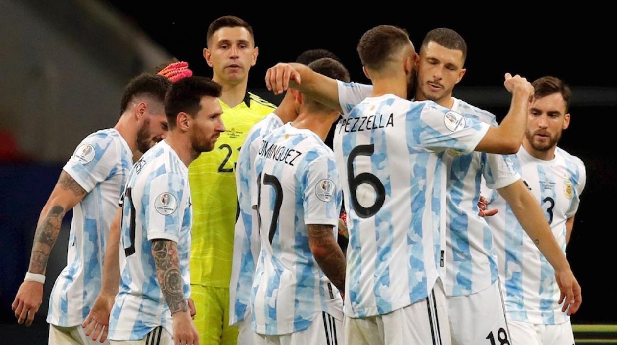 Argentina logró su clasificación a cuartos de Copa América tras vencer a Paraguay