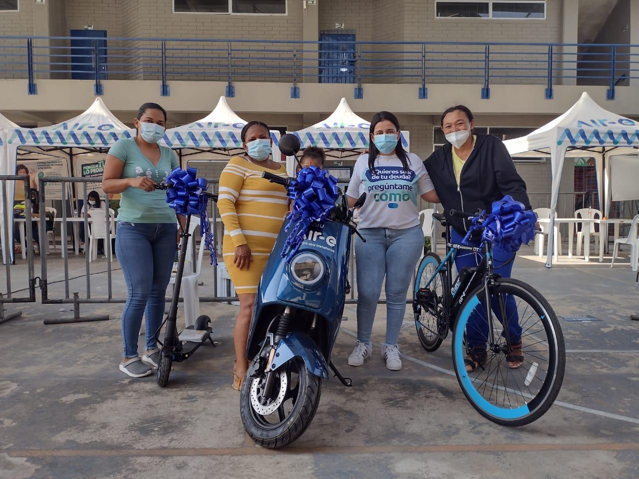 Más de 400 usuarios asistieron a jornada integral de Air-e en Santo Domingo – @Aire_Energia
