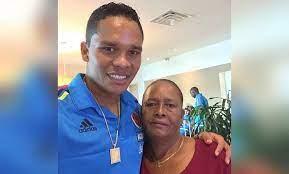 Fallece Eloisa Ahumada, madre del delantero Carlos Bacca
